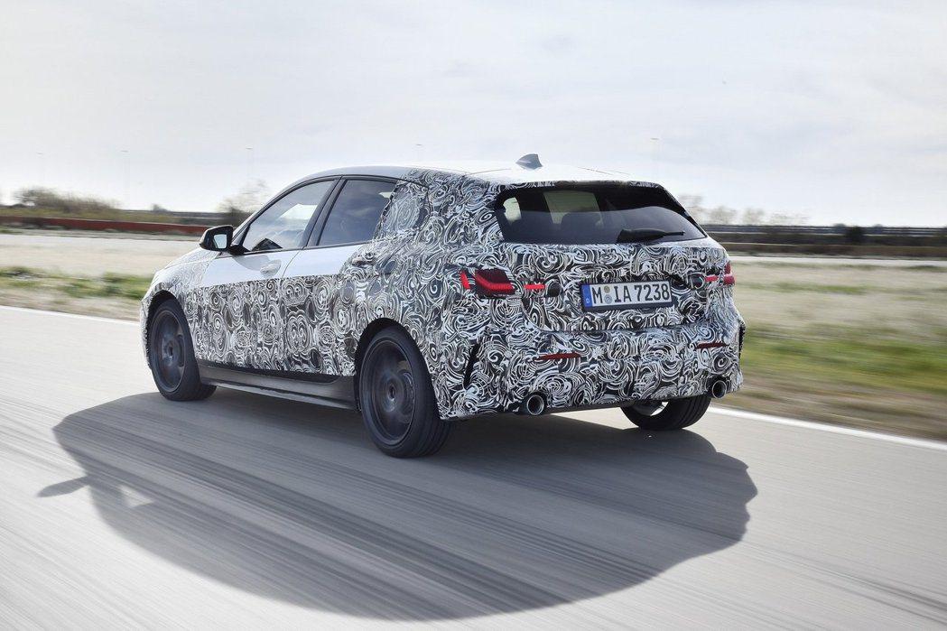 新世代BMW 1 Series高階車款將配置xDrive智能四驅系統。 摘自BM...