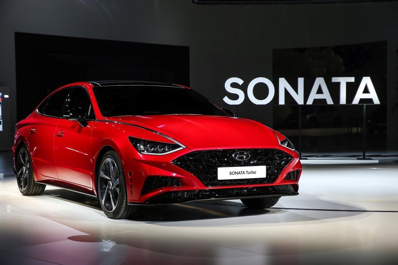 第八代Hyundai Sonata Turbo亮相 Hybrid車型還有個大亮點!