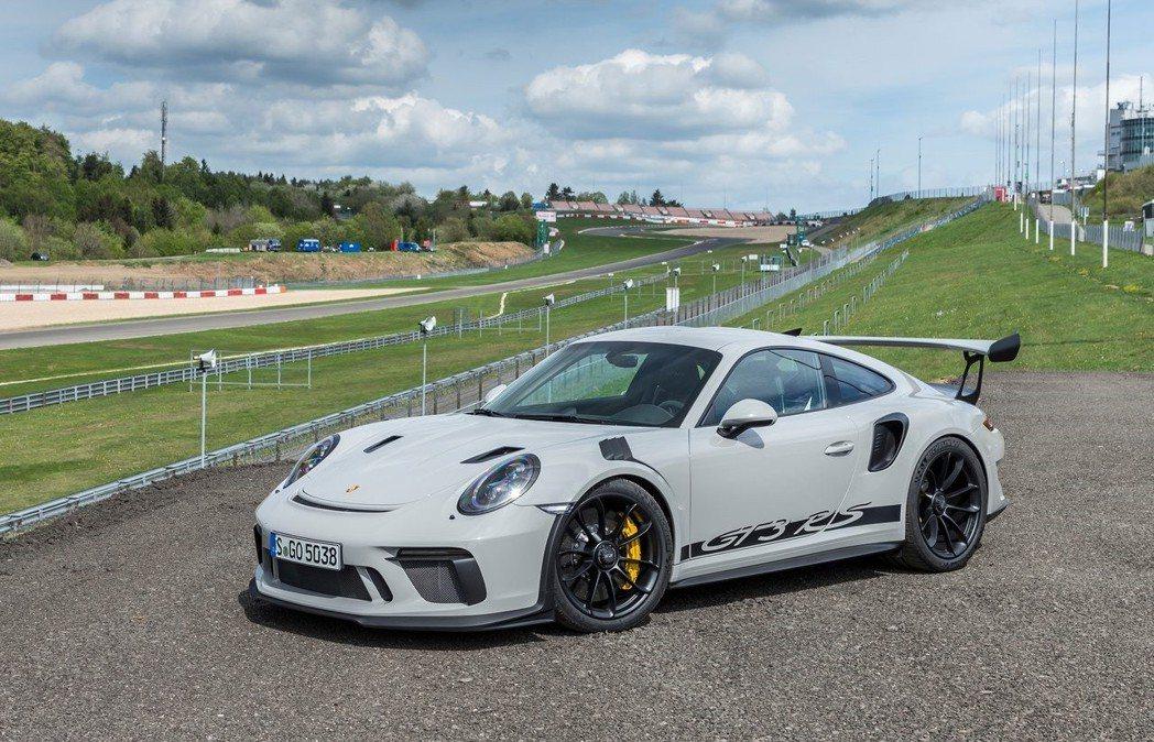 Porsche 911 GT3 RS。 摘自Porsche