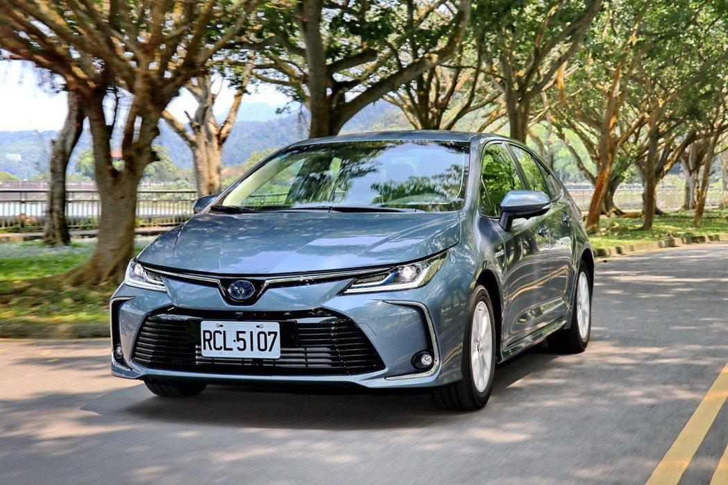 Corolla Altis首度提供油電動力選項。 記者陳威任/攝影