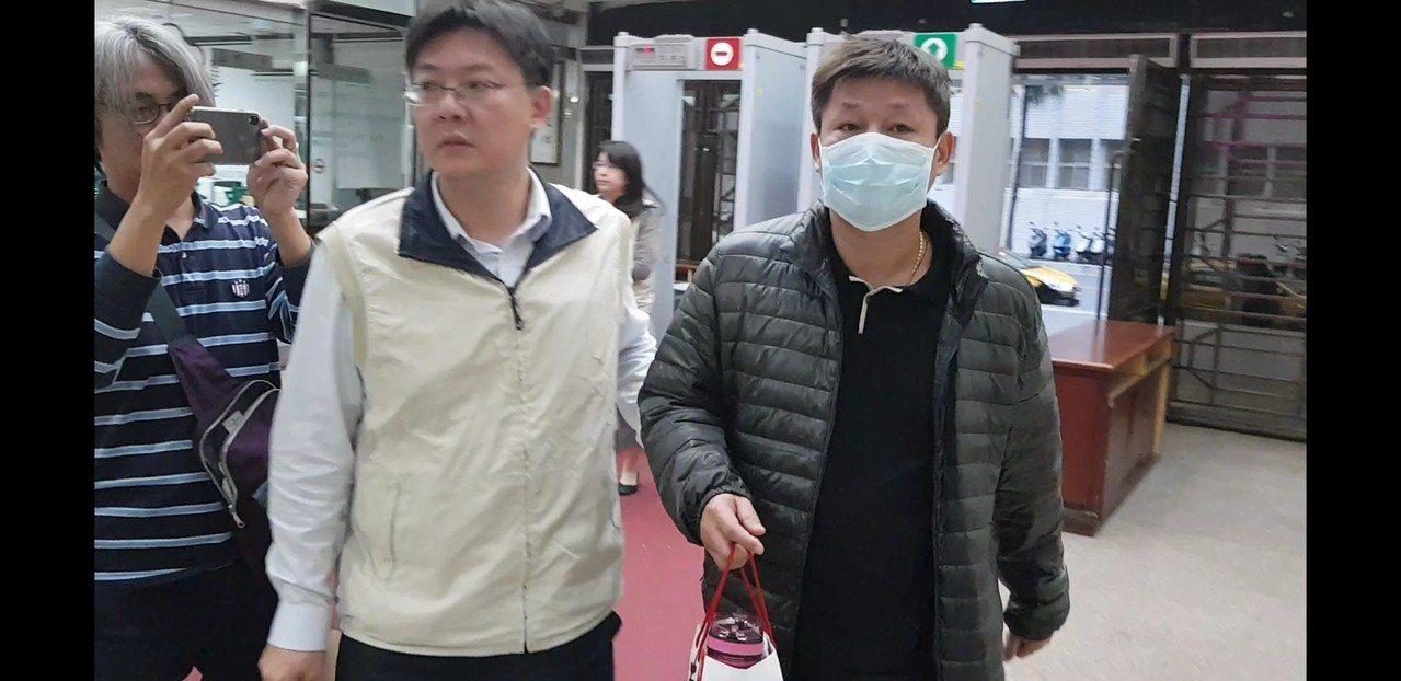 股市金主陳聰明涉掏空悠克遭約談。記者張宏業/攝影