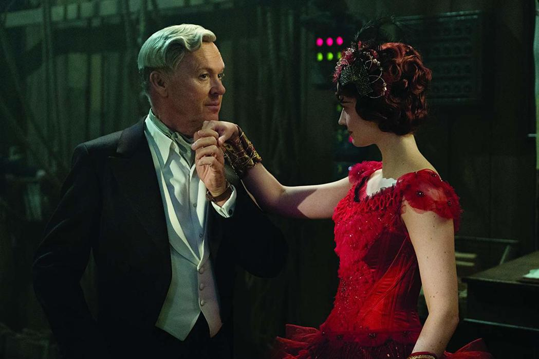 米高基頓扮演利欲薰心的商人。圖/摘自IMDB