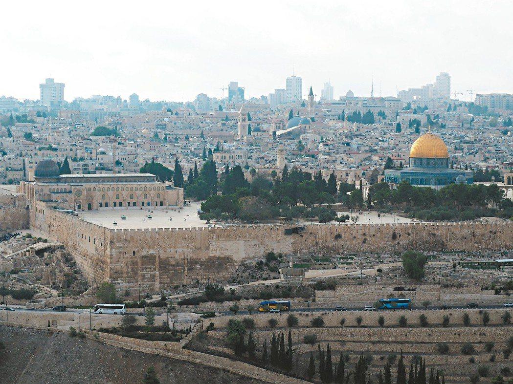 耶路撒冷的聖殿山是全球三大宗教共同之聖地。 圖/李俊明