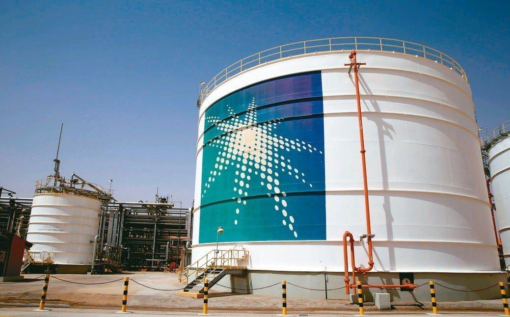 沙國石油公司將發行約100億美元公司債,籌資收購SABIC 70%股權。 路透