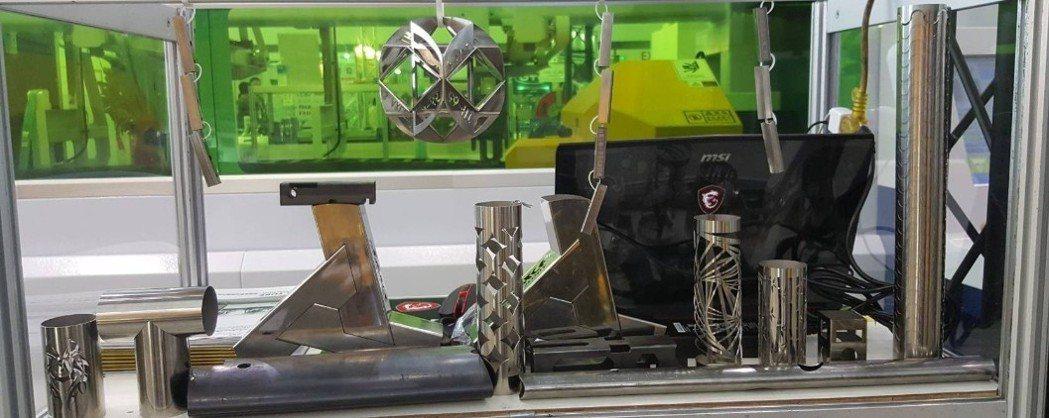 專業金屬切管機只需要匯入圖檔即可進行切割,想要多少就切多少,能配合精準且多種切削...