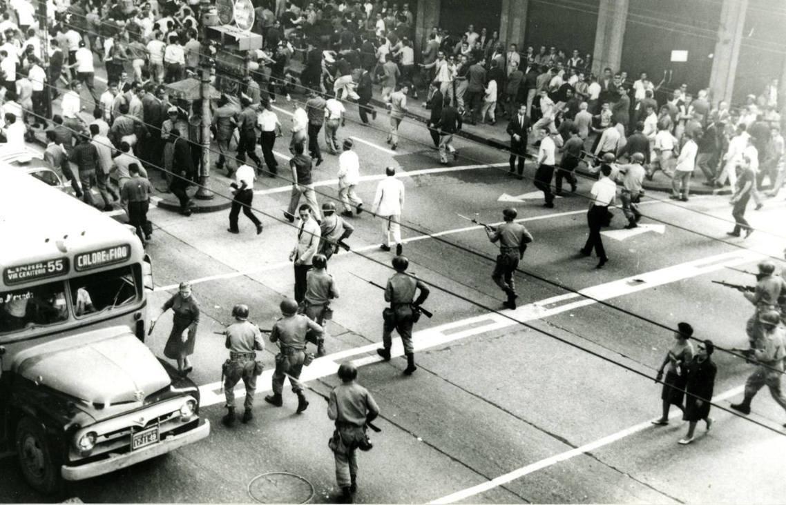 2019年的3月31日是巴西1964軍事政變的55周年。巴西「狂人鐵男」總統博索...