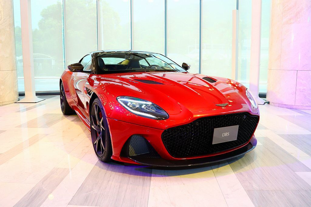 「Superleggera」副車名代表「超級輕量」外,也有向義大利車身製造商Carrozzeria Touring Superleggera致敬的意義。 記者張振群/攝影