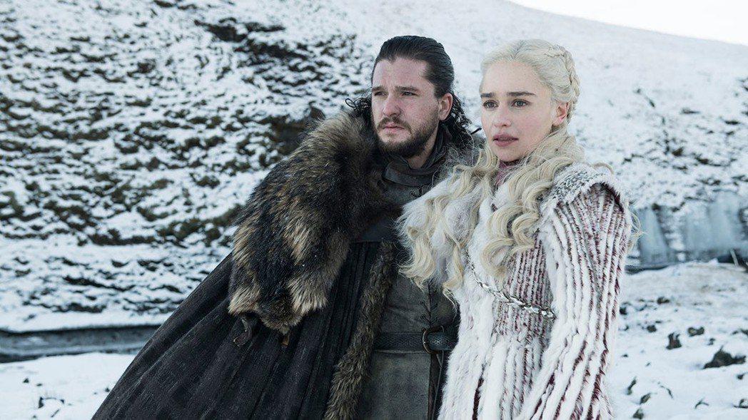 瓊恩雪諾與丹妮莉絲的最終命運,一般預測悲劇收場的可能性居多。圖/摘自HBO