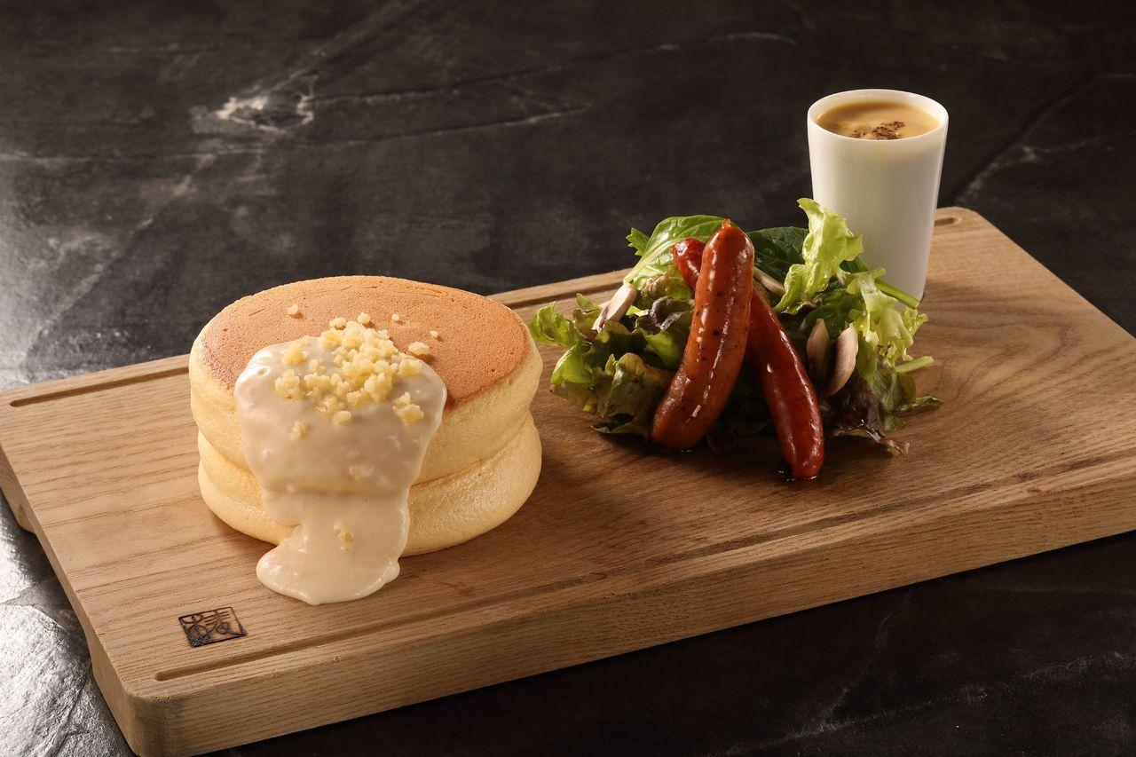臘腸厚鬆餅。圖/台北晶華酒店提供