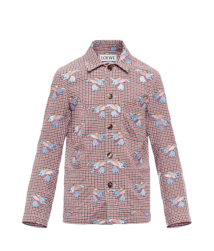 刺繡小飛象紅白格紋休閒夾克,售價18萬1,000元。圖/LOEWE提供