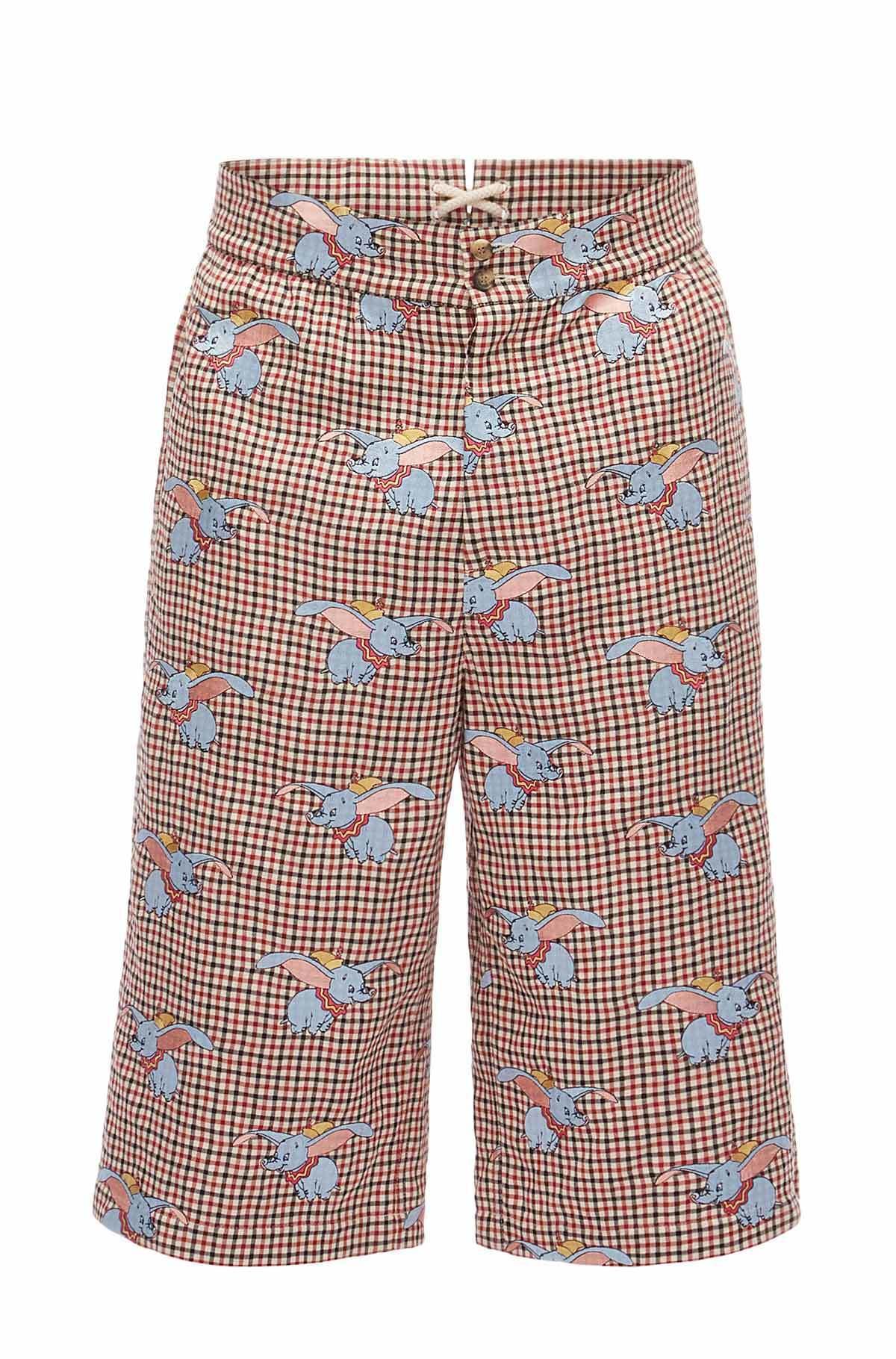 小飛象紅白格紋休閒短褲,售價97,000元。圖/LOEWE提供
