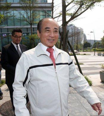昨晚韓國瑜的貼文,還引來「台灣公道伯王金平」在底下留言「韓市長!永遠挺你!大力支...