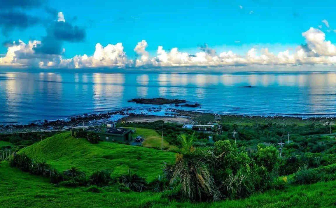 墾管處開放南仁山生態保護區內的「溪仔口海岸」,充滿原始自然美的海灣和湛藍大海、藍...