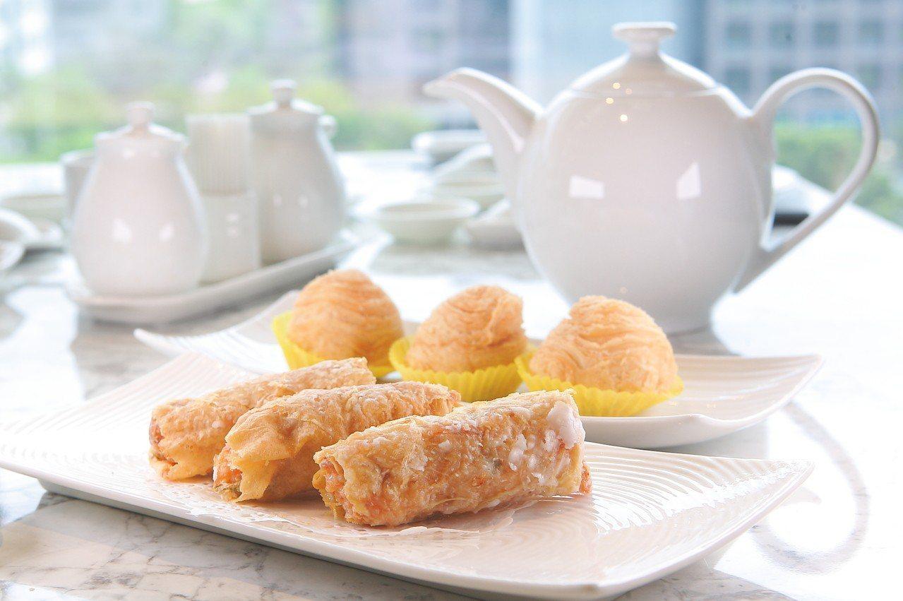 鮮蝦腐皮捲、蘿蔔絲餅,均是悅品的人氣點心。記者陳睿中/攝影