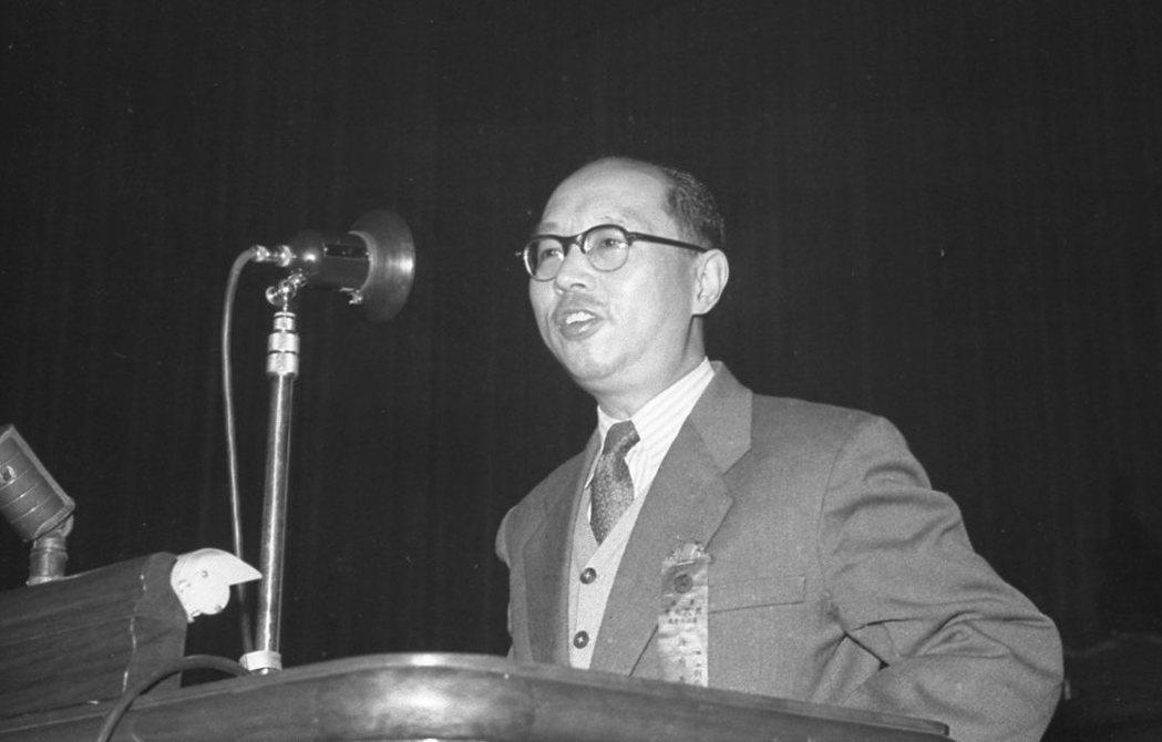 嚴家淦曾在解嚴前擔任過2任副總統。 圖/聯合報系資料照片