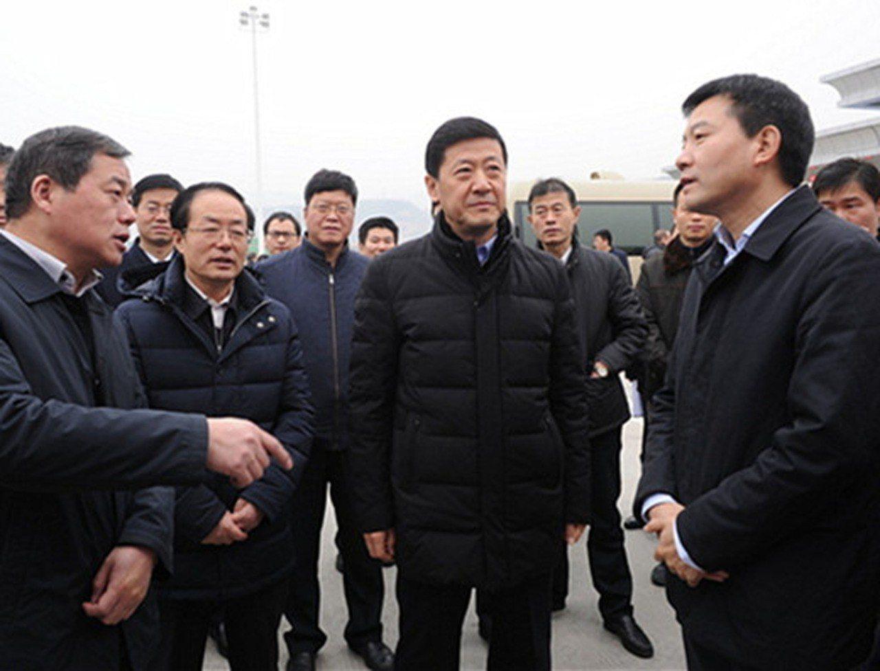 陳國強被免去陝西副省長職務,同時被終止省人大代表資格。 中央社