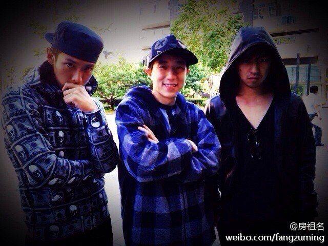 三人從多年前就已是好友。圖/擷自weibo。