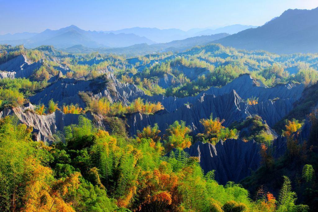 圖/草山月世界美景。截自台南旅遊網。