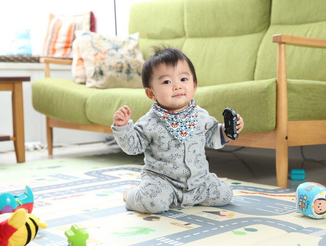 布萊恩兒子齊齊,是10個月大的活潑寶寶。 記者林澔一/攝影