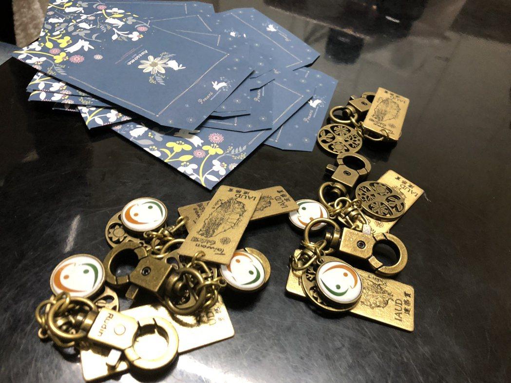 台灣手作小禮物,海外交朋友。 圖/唐峰正提供