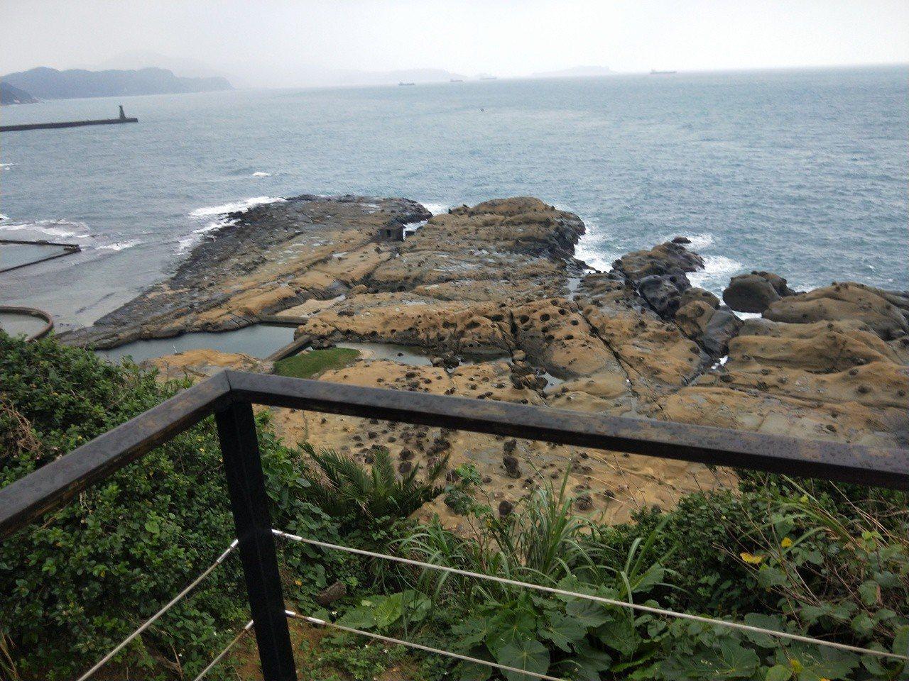 和平島公園擁有北海岸獨特海蝕地景,園內有十大守護岩,各具特色。記者游明煌/攝影