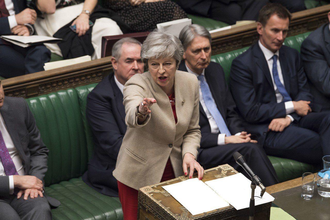 英國首相梅伊29日在下議院針對她的脫歐協議進行辯論時發言。新華社