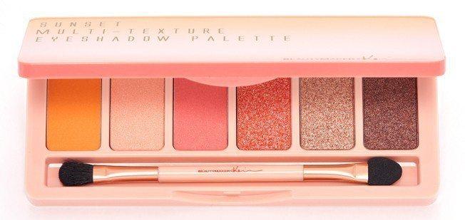 BeautyMaker緋紅絕色眼影盤,售價470元。圖/BeautyMaker提...