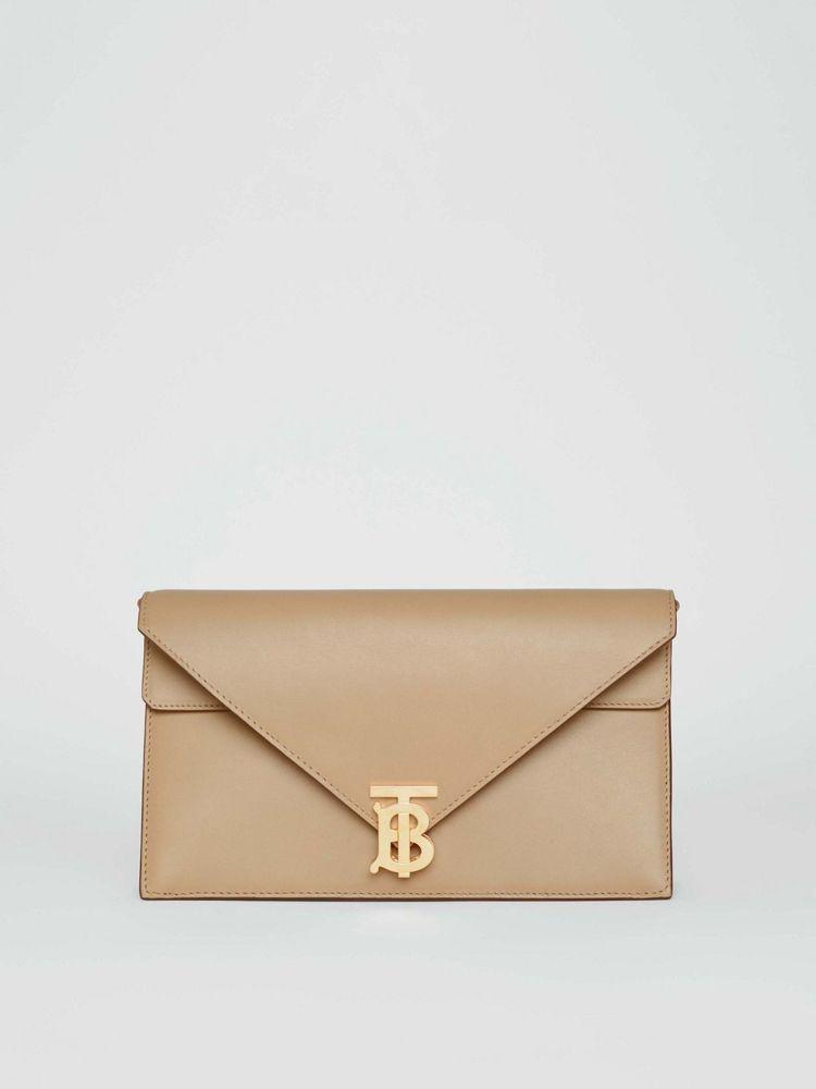 TB Bag信封包,價格店洽。圖/BURBERRY提供