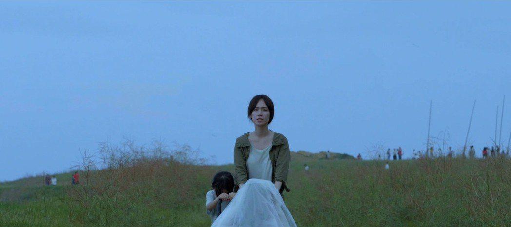 小薰在公視學生劇展「無塵之地」戲中飾演未婚生女的社會邊緣人。圖/公視提供