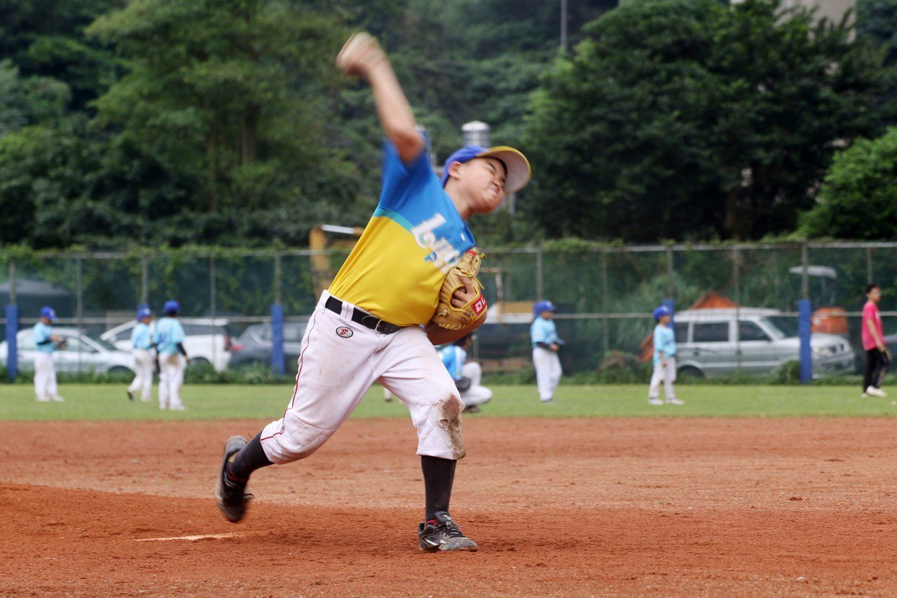 2019「夢想盃」基隆市少年棒球賽,今天經過6場的激烈對戰,最後深美國小以5比3...