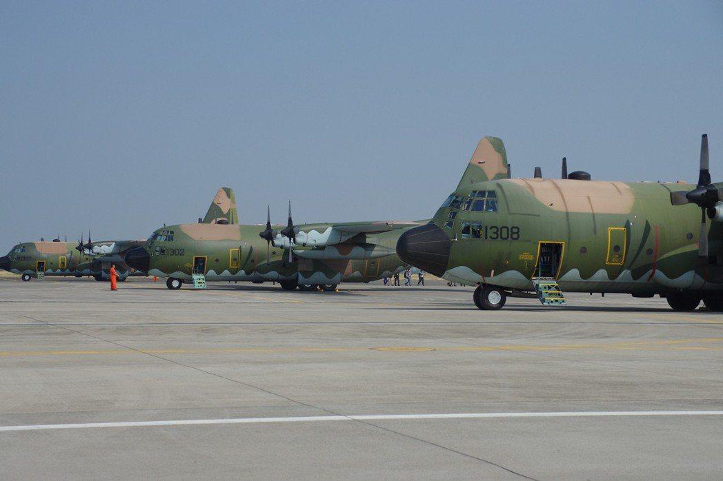 空軍C-130運輸機服役逾卅年,需要汰換或性能提升。圖/聯合報系資料照片