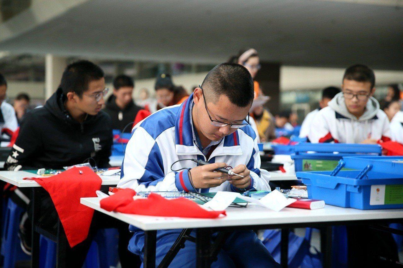 中國教育部近日教育部一口氣核准35所大學設人工智能系 報系資料照片