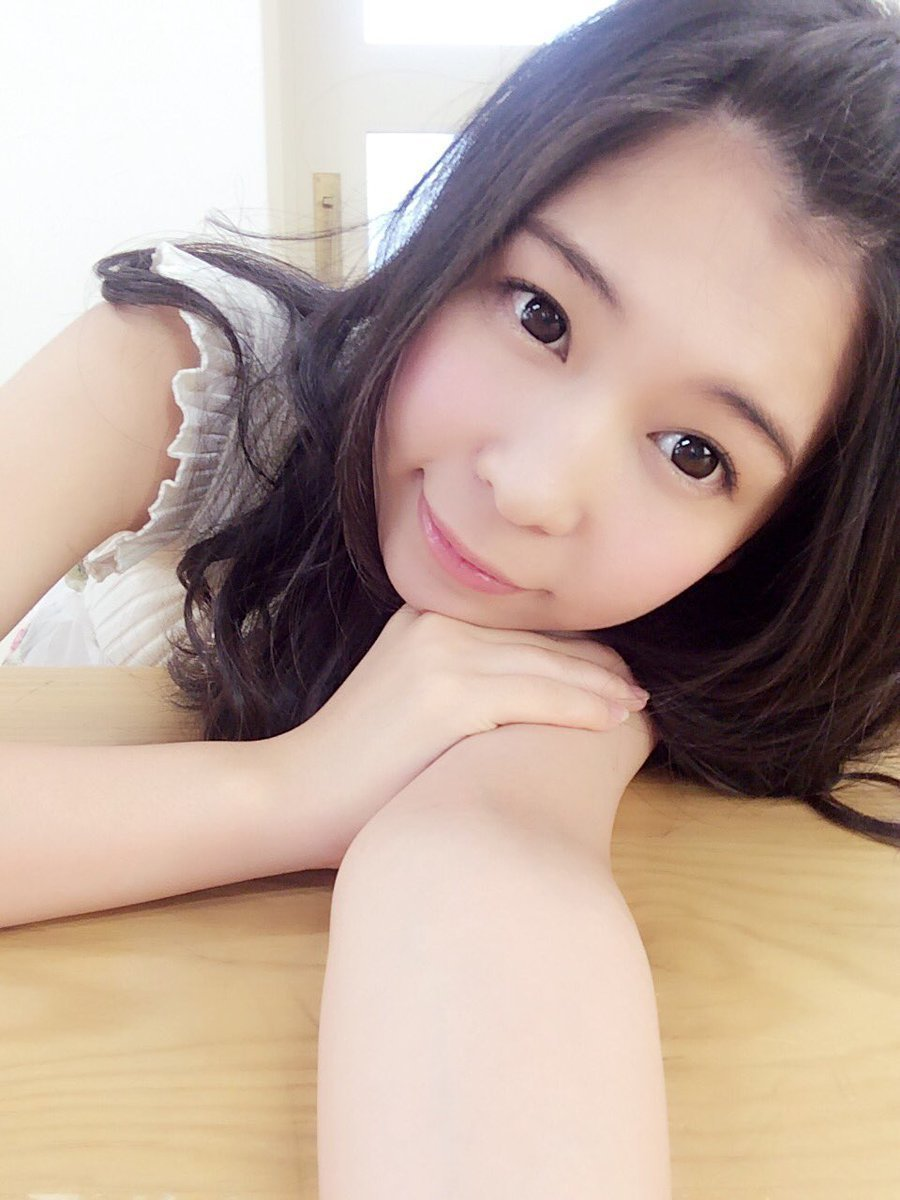 日本地下偶像女團「愛夢GLTOKYO」的前團員佐野つかさ。 圖/擷自推特