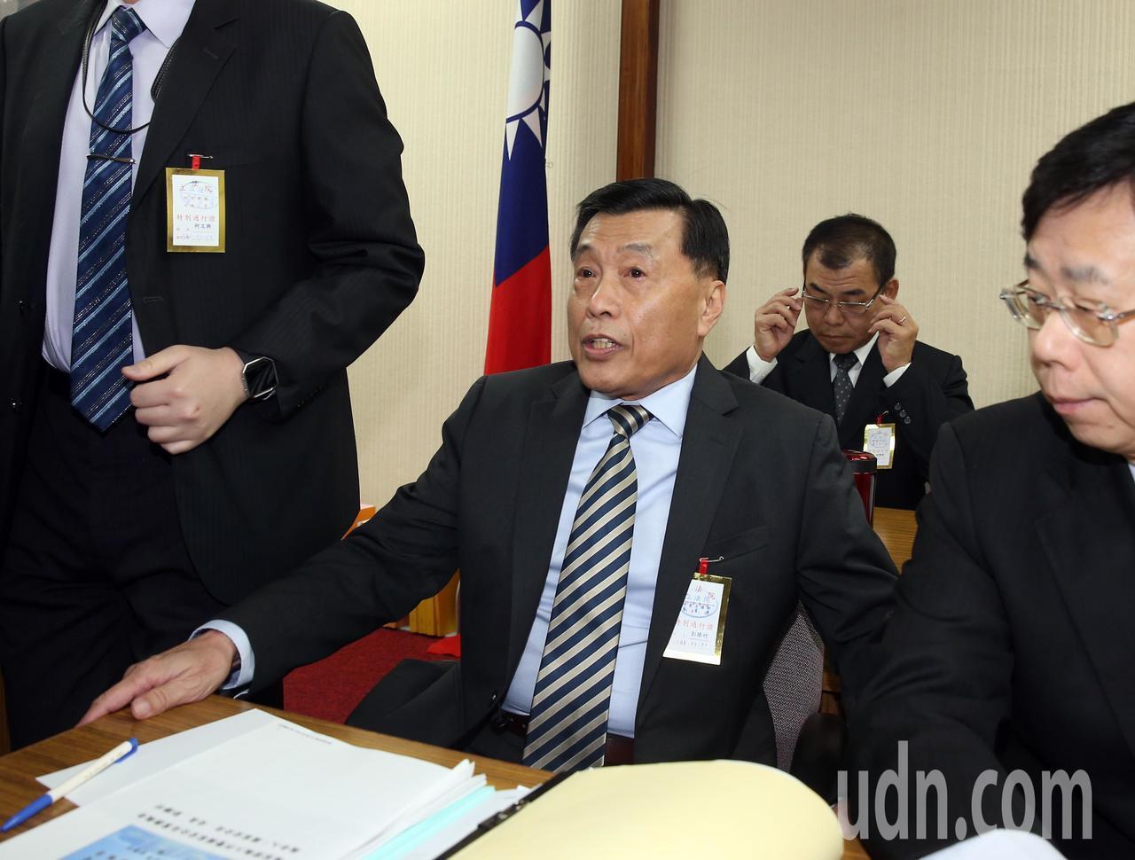 國安局長彭勝竹(中)出身戰鬥機飛官,曾任駐美武官。 圖/聯合報系資料照片