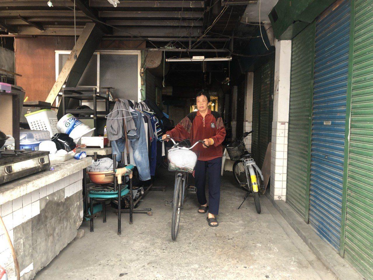 改造計畫邁入第4年,嘉義市「鳳梨會社」從髒亂變明亮,未來也可望吸引年輕族群進駐,...