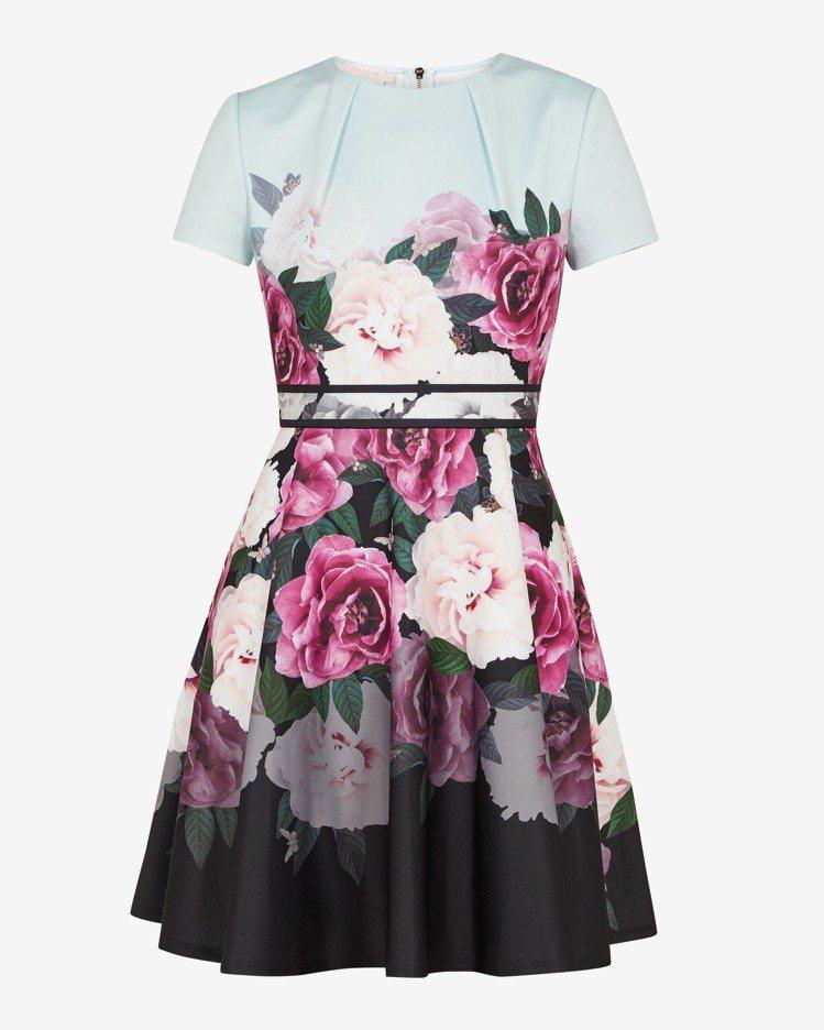 WILMANA印花緞面連身洋裝,9,280元。圖/TED BAKER提供