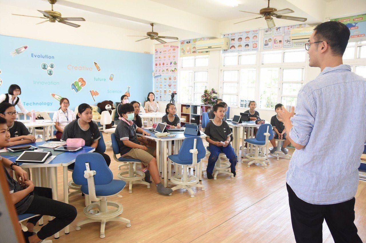 仁和國小跨年級教學公開觀課研討會。 圖/教育部提供