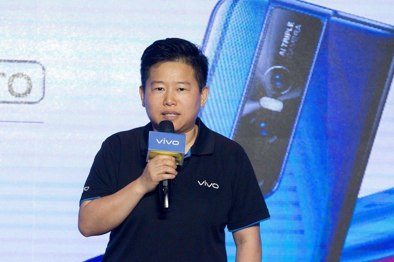 vivo台灣分公司總經理陳娟表示,vivo在台灣投資預算無上限,將持續擴充員工編...