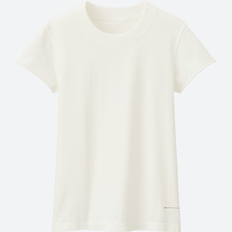 女裝AW AIRism無痕T恤(短袖),590元。圖/UNIQLO提供