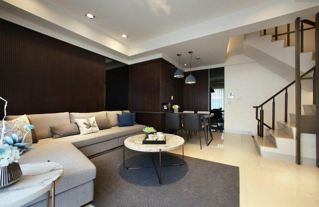 空間裡每一處都是豁然開朗, 非見築給您輕負擔好房價。 圖片提供/居富開發