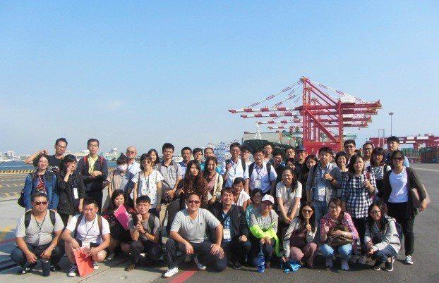 台灣港務公司今年新進人員預計招考正、備取共158名。圖/台灣港務公司提供