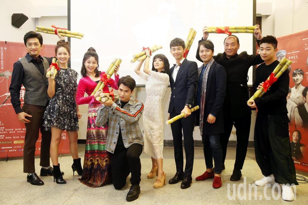 客家電視台推出新戲「日據時代的十種生存法則」,演員吳政迪、石知田、張寗、王自強、...