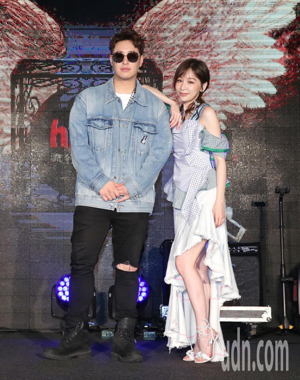 潘瑋柏(左)、王心凌(右)出席啟動儀式。記者鄭清元/攝影