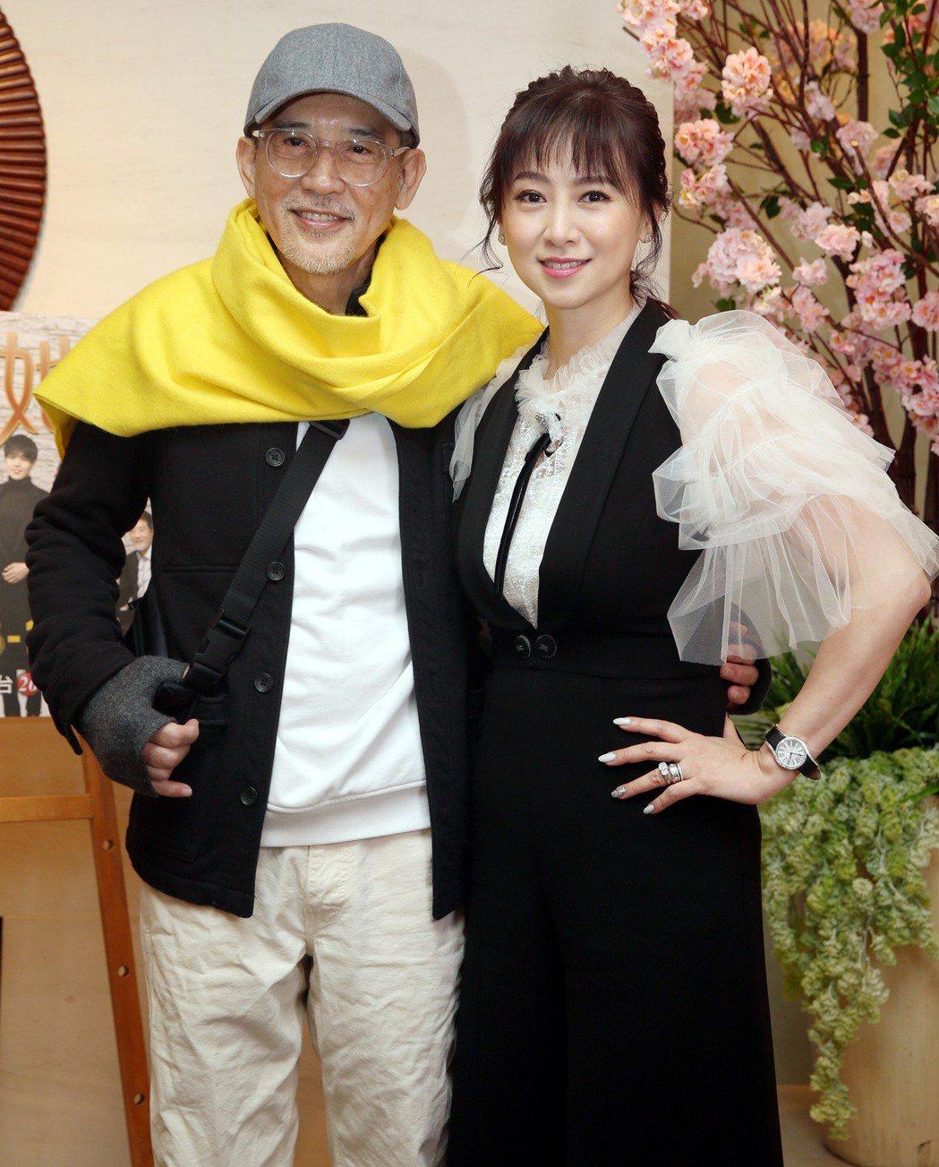 久未在台灣螢光幕前露臉的秦漢(左)與翁虹,同框宣傳新戲。記者侯永全/攝影