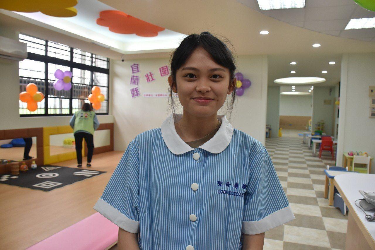 聖母護專幼保科護理科二年級的賴慧怡則說,過去曾聽學長姐分享實習經驗,但自己實際來...