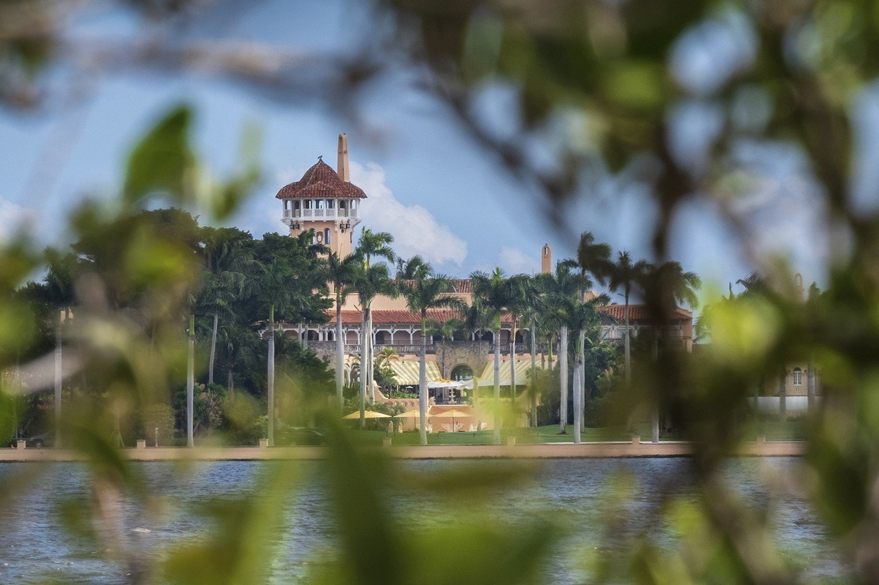 佛羅里達棕櫚攤聯邦地區法院的逮捕文件顯示,一名持有中國護照的女子在3月30日,成...