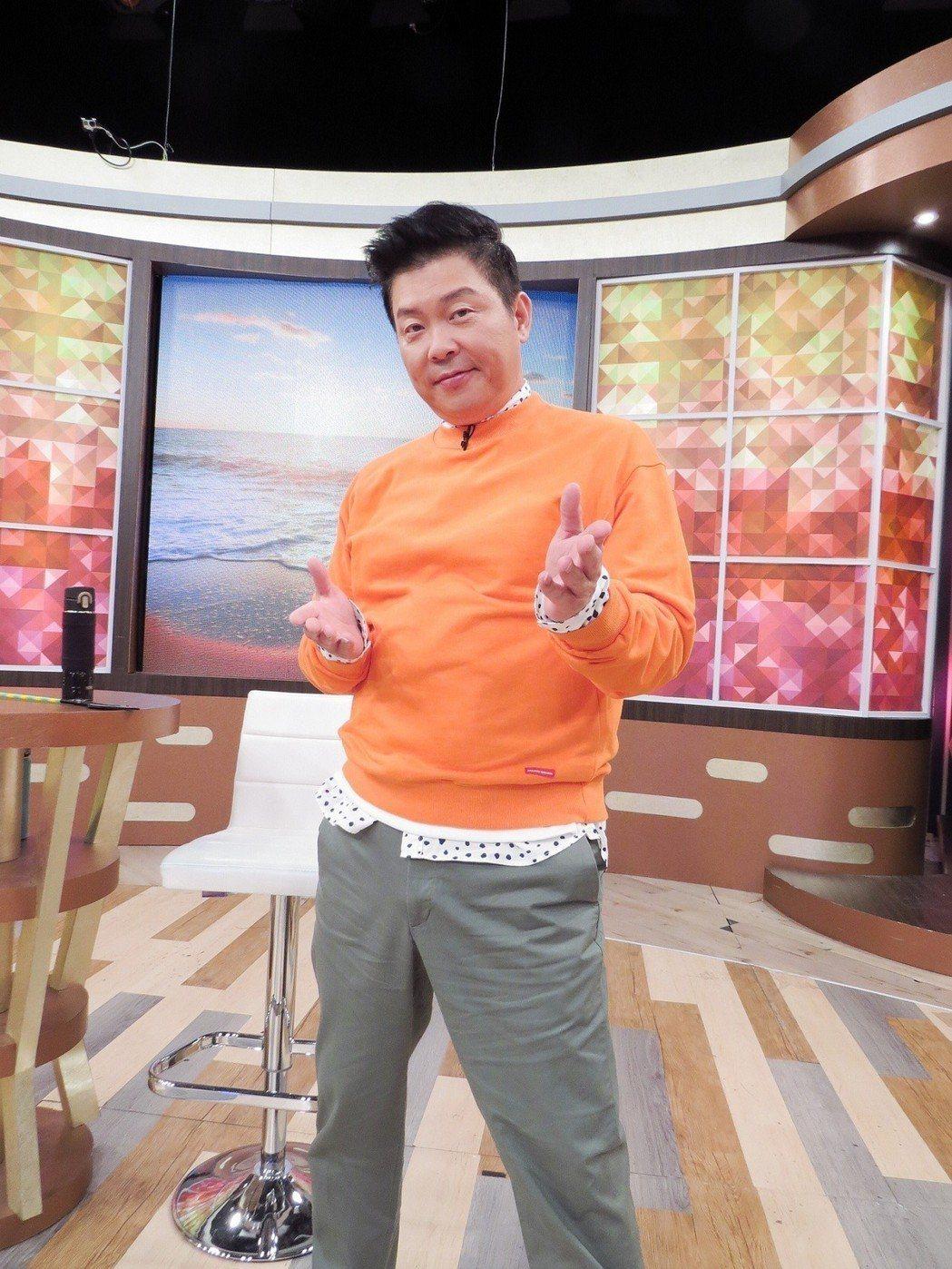 曾國城確定接手新版「食尚玩家」,他愛吃愛玩的興趣再派上用場。圖/衛視中文台提供