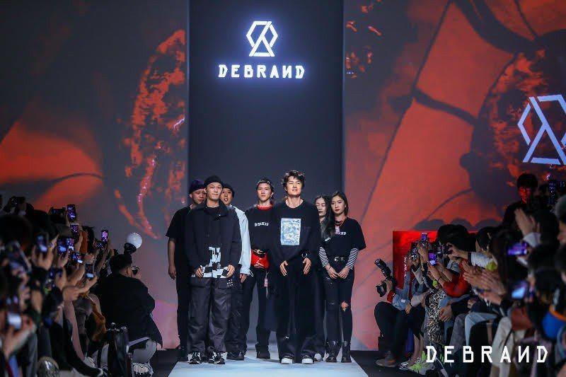 吳克群潮牌DEBRAND前進上海時裝周。 圖/DEBRAND提供