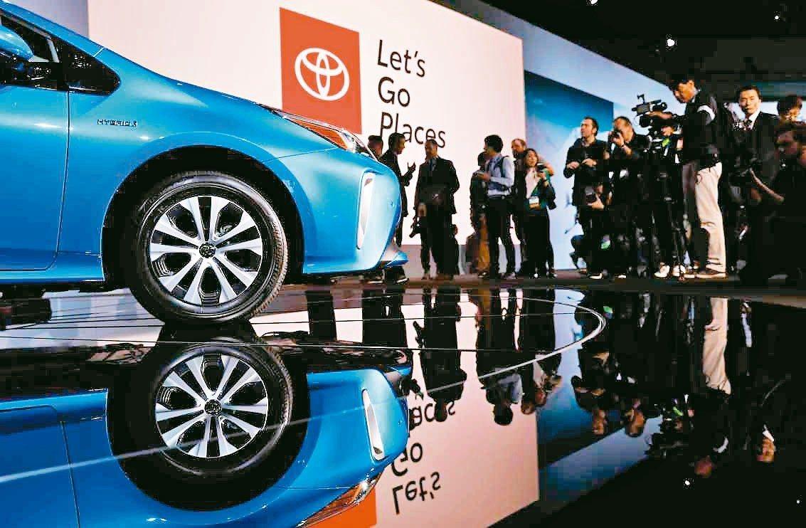 豐田汽車將開放授權近2.4萬項油電混合動力系統專利。 路透