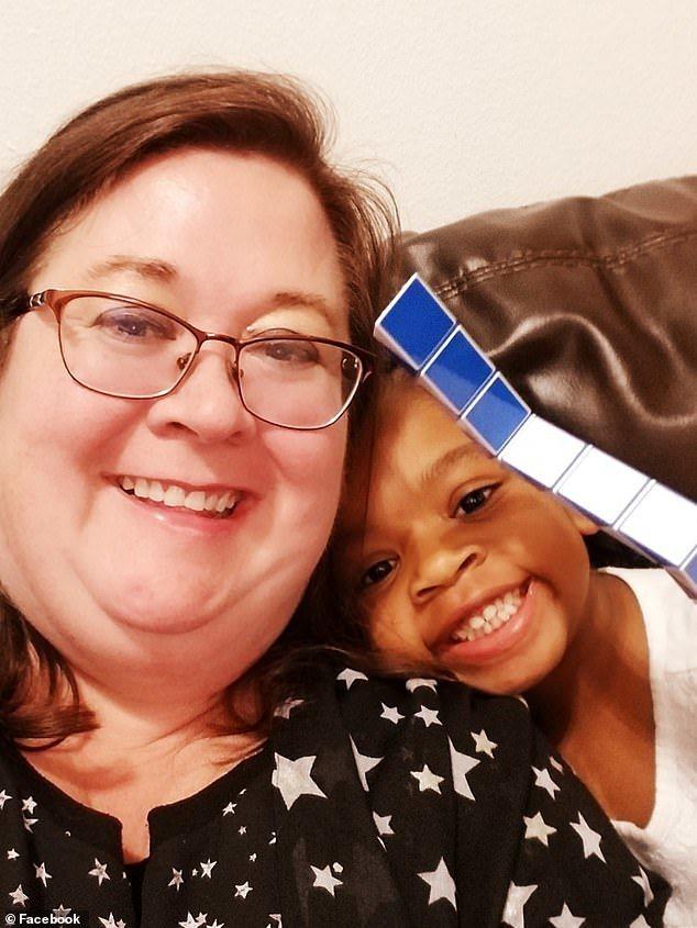 四個月大嬰兒遭父殺害捐心臟 母親會見獲心小女孩 (取自臉書)